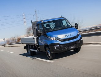NewDailyCab_Iveco-4