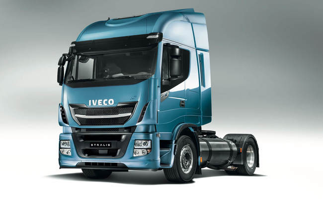 iveco-new-stralis-np-engines_28222770061_o